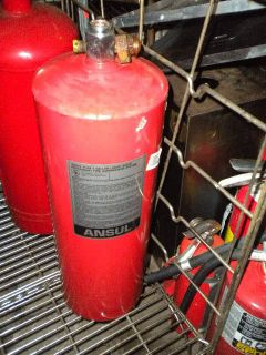 FIRE SUPPRESSION ANSUL RED BOTTLE   PRICE REDUCED 35%! SEND OFFER!