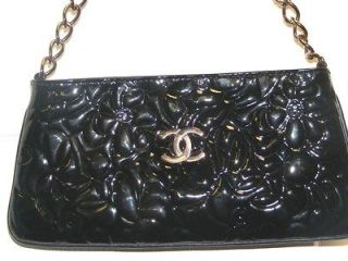 CHANEL HANDBAG BLK PATENT LEATHER FLORAL CAMELLIA W/ ROSE GOLD CHAIN