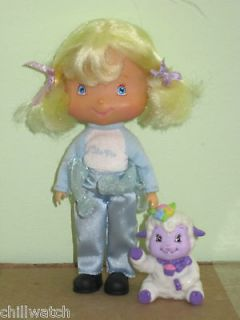 STRAWBERRY SHORTCAKE ANGEL CAKE DOLL W/PET LAMB EX. CLEAN CONDITION