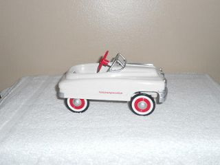 HALLMARK KIDDIE CAR CLASSICS 1950 MURRAY TORPEDO PEDAL CAR 1995 NIB