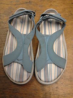 nike women s sandals acg light blue size 6 new with box