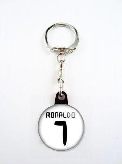 cristiano ronaldo 7 jersey fc real madrid keychain time left