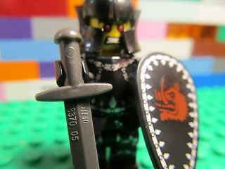 Lego EVIL KNIGHT minifigure   castle warrior gladiator   series 7