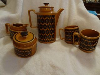 Royal Sealy 7 Piece Coffee/Tea Set in Dk Gold and Black Pattern   NICE