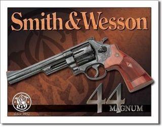 Vintage Smith & Wesson 44 Magnum Pistol Revolver Gun Logo Metal Tin