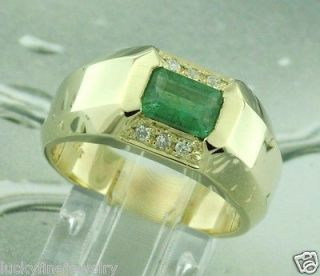 01 CT MENS MENS DIAMOND & COLOMBIAN EMERALD RING yellow gold 14k