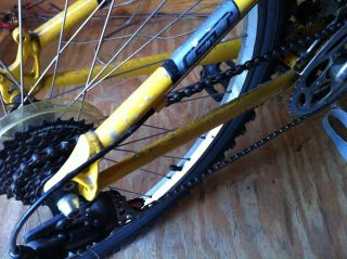 2002 GT Aggressor 3.0 Black & Yellow Mountain Bike (USED) (NJ)