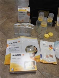 Medela Pump in Style Advanced Plus on The Go Carry Tote EXTRAS