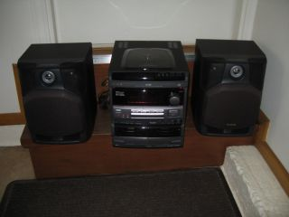Aiwa Compact Disc Stereo System NSX V9090