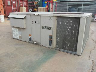 Lennox 3 Ton Package Heating Cooling Air Conditioner