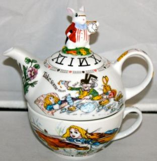 New Paul Cardew Alice in Wonderland Betty 16oz Tea for One Teapot Cup