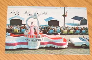 Postcard Atlantic City NJ Vintage Miss America Parade Boardwalk
