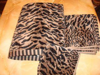BLACK & Tan spotted Leopard print~BATH~TOWEL~~HAND~Towel & Wash Cloth