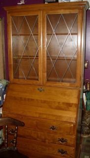 Ethan Allen Desk Secretary Solid Maple VGCC Hutch Curio Cabinet With