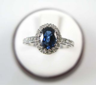 Ladies 18K White Gold Sapphire Diamond Ring 1 52ctw