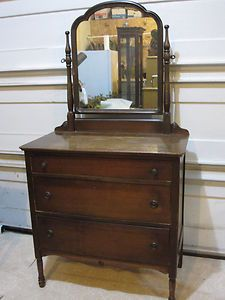 Antique Vanity Dresser w Mirror Pick Up Michigan