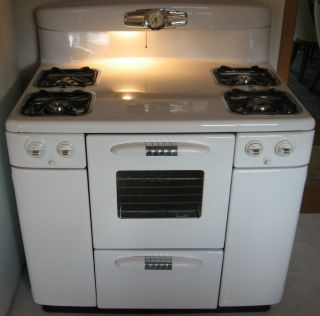 Vintage Tappan Gas Range Stove Circa 1955 Beautiful