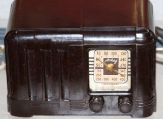 Vintage Old 1940s Arkay 5SE Tube Radio Bakelite Case Fabulous Antique