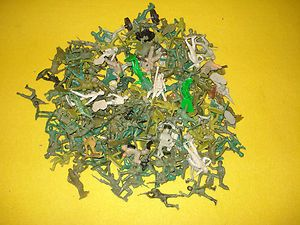 Large Box Lot of Vintage Toy Soldiers Army Men Some Marx Some Unmarked