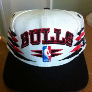 Chicago Bulls Snapback Logo Athletic LOGO7 Sport Specialties