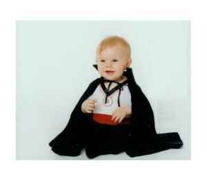 Count Dracula baby infant Halloween costume Size 0 6 months CUTE
