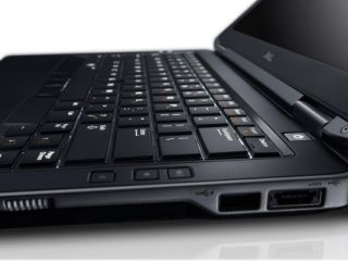 DELL i7 3720QM 1TB HDD 1GB GDDR5 ULTIMATE VIDEO Backlit keyboard Win 8