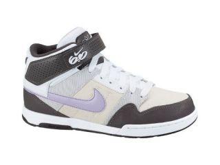 Nike 6.0 Zoom Mogan Mid 2 Womens Shoe