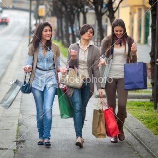 Sourire, Femmes, Tenir, Activité, Sac  Stock Photo  iStock FR