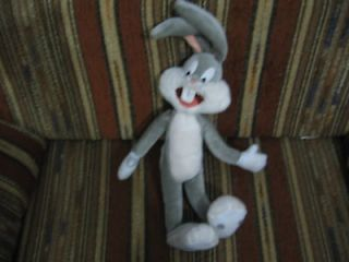 18 plush bugs bunny doll made by applause good condition
