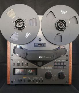 AKAI GX 636 RARE BLK REEL TO REEL TAPE RECORDER WITH 10 HUBS AND REELS