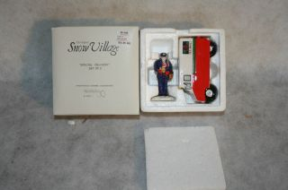 SNOW VILLAGE SPECIAL DELIVERY SET OF 2  DEPARTMENT 56 FROM BRONNERS