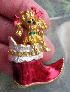 VINTAGE MYLU CHRISTMAS BOOT POODLE DOG GOLDTONE ENAMEL BROOCH PIN