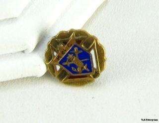 Knights Columbus Fraternal Vintage Cross Lapel Pin
