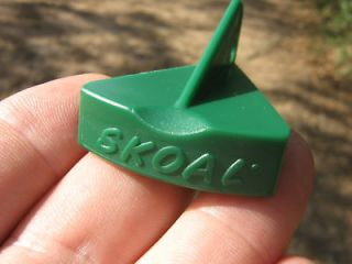 skoal green plastic snuff lid opener for key chain time