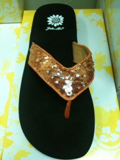 New Yellow Box Chamomile Burnt Orange Silver Sequin Flip Flop UT Texas