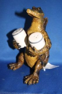 boxed gift, FUNNY, ALLIGATOR, SALT AND PEPPER SHAKERS, KITCHEN