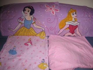 Disney Princess Cinderella, Aurora & Snow White 4 Pc Full/Double Sheet