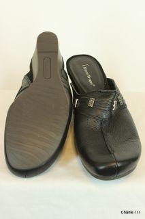 Sz 10 M BARE TRAPS Black Barely Worn Womens Shoes Sandals Clogs