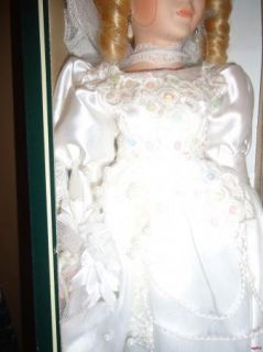 Geppeddo Porcelain Blonde Bride Collector Doll New