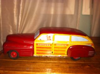 Vintage Wyandotte Tin Litho Toytown Estate Car Woody Wagon