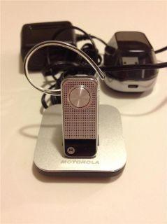 Motorola Bluetooth Cell Phone Headset N136