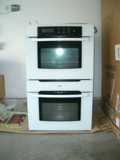 BOSCH 30 Wide Electric Double Oven HBL752A UC White New Local Pickup