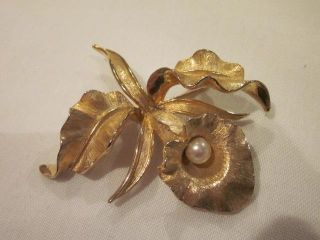 Numbered RARE #8377 Orchid SIGNED Boucher Gold Tone Faux Pearl Flower