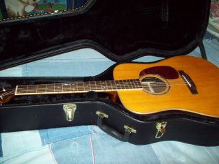 Boulder Creek S2 V Stage and Studio Acoustic Guitar with Hardcase Mint