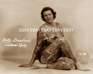 TATTOOED LADY WOMAN GIRL  BETTY BROADBENT  TATTOO TATTOOING PHOTO