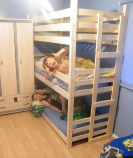 stackable doll triple bunk bed trundle sleeps 3 4 american girl dolls. Black Bedroom Furniture Sets. Home Design Ideas
