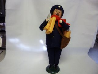 Byers Choice Carolers Mail Man Carrier w Many Packages 2003 14 Mint