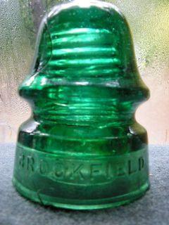 Beautiful Snowy Emerald Green BROOKFIELD NEW YORK insulator; VNMint
