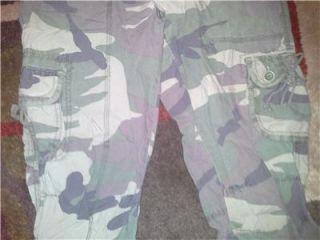 Abercrombie Fitch A F Camo Cargo Capri Pants Crops Size Medium