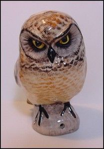 New Babbacombe Pottery Pie Bird Funnel Vent Large Owl Made in England